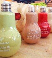 Vitamin & Smoothie Bar Macadamia