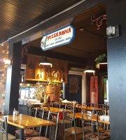 Italian Restaurants Near Commerce Mi