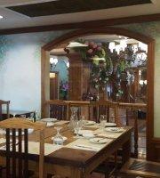 Lola Maria Restaurant
