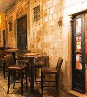 D'vino Wine Bar