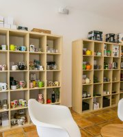 La Boite a The Sxm- The Tea Box Shop Sxm