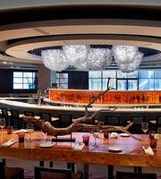 SIX Resto Lounge