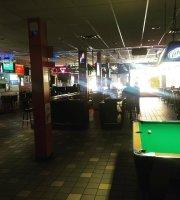 Harry's Long Bar