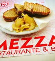 Mezza Restaurante & Bar