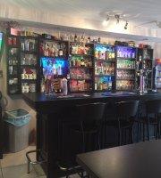 Gardners Bar And Cafe