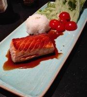 Love Me Sushi