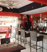 Khao Noi Sports Bar and Restaurant