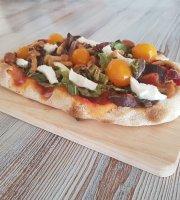 B White Pinseria Pinzeria Pizzeria