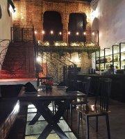 Santona Gastro Bar Colonial