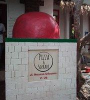 Pizza and Soerabi
