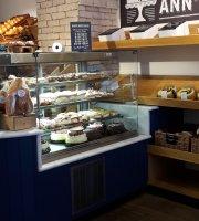 Ann's Bakery & Restaurant