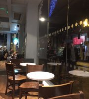 Starbucks Coffee - Upper Parliament Street