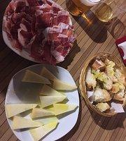 Jamoneria Cerveceria Exxencia De Ibericos