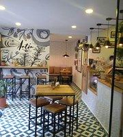 Anton Cafe Bistro