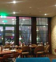 Zafran Hint restoranı