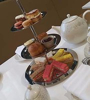 ‪Afternoon Tea at Park Grand London Kensington‬
