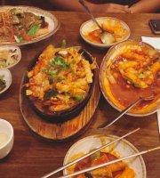 Kimchi Hut