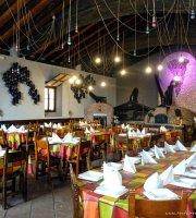 La Taba Hotel & Restaurant