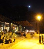 Legvi Cafe