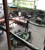 Hanzade Cafe & Kahvalti Salonu