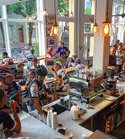 The Café at Rouler