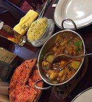 Queen's Spice Indian Restaurant
