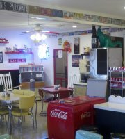 Midpoint Cafe and Gift Shop