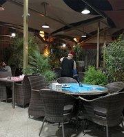 Al Dar Darak Restaurant