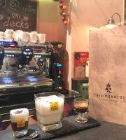 Saltimbancos Boutique Cafe Bar