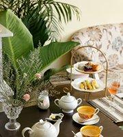 SAVOY Tearoom