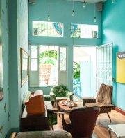 Dulcinea Café Vintage
