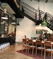 ROWAN & PARSLEY food atelier