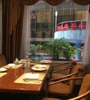Solitiare Restaurant