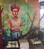 La Frutera Garden Bar