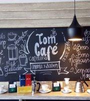 Tom Café