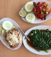 Ayam Goreng Tulang Lunak Hayam Wuruk Yogyakarta
