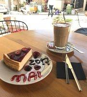 Mai Coffee & Cakes