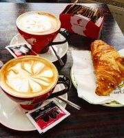 Silvia Residence Cafe Pub