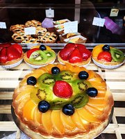 Louis Hungarian Patisserie - Hampstead