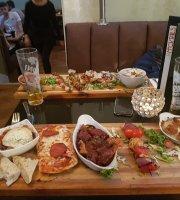 Amalfi Lounge