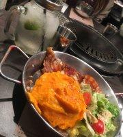 MeokBang Korean BBQ & Bar restaurant (Wai Wah Centre)