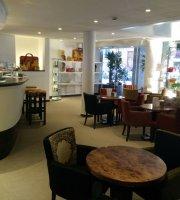 Ammu Cafe