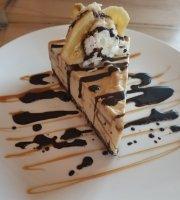 Woodlake Tavern