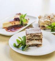 Novator Cafe-Eatery