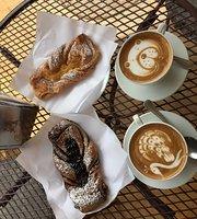Insolito Cafe