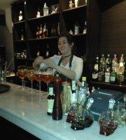 Laprida Resto & Cocktails