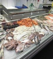 Fisch Paradies Et Fesch Hus