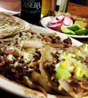 Tacos al pastor el fogoncito