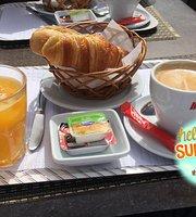 Cais J Cafe