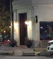 Alem Restó Bar